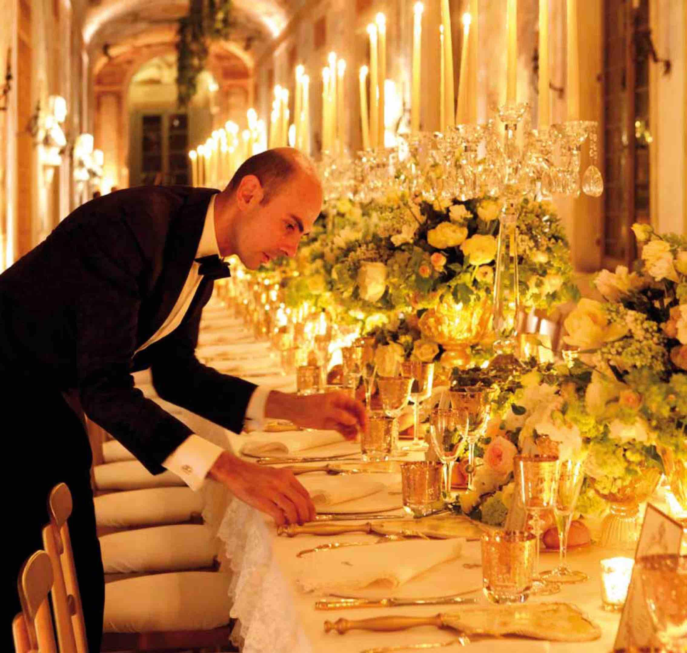 Matrimonio Natalizio Enzo Miccio : Enzo miccio il re dei wedding planner quot milano è la mia