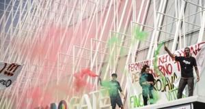 """Manifestazione anti-Erdogan all'Expo Gate: """"Solidarietà ai curdi"""""""